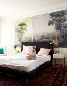 Little Green Notebook: Making a Wall Mural