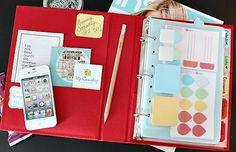 DIY Tutorial - create your own Mom binder to keep everyone organized.