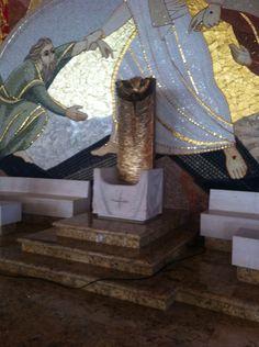 Cadeira Episcopal, Catedral de Castanhal, PE, Brasil