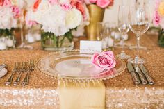 rose gold wedding ideas that make a statement 42 glamorous rose gold wedding decor ideas blue & gold wedding ideas … Pink And Gold Wedding, Sparkle Wedding, Mod Wedding, Sequin Wedding, Wedding Reception Tables, Wedding Table Settings, Place Settings, Marquee Wedding, Wedding Events