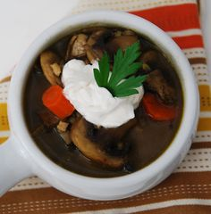 My Recession Kitchen...and garden: Mushroom Barley Soup
