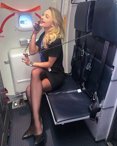 Cutest and hottest cabin crew stewardess Qatar Airways Cabin Crew, Emirates Cabin Crew, British Airways Cabin Crew, Flight Attendant Hot, Airline Attendant, American Airlines Flight Attendant, Flight Girls, Airline Cabin Crew, Pilot Training