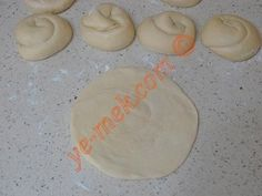 Tavada Mayasız Katmer Pogaca Recipe, Food And Drink, Cookies, Desserts, Recipes, Crack Crackers, Tailgate Desserts, Deserts, Cookie Recipes