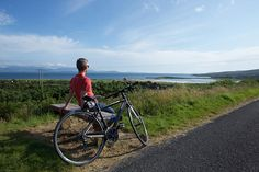 Cycling in Ireland! Ireland is the ultimate holiday destination. From its breathtaking scenery to the vast array of activities on offer, the real challenge will be where to start your cycling and hiking holiday in Ireland!