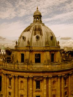 The Bodleian Library, Oxford, England Manchester College, Oxford United Kingdom, Maybe In Another Life, Places To Travel, Places To Go, Oxford City, Oxford England, Wales, Travel Photos
