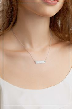 Personalisiere deine Halskette Dainty Jewelry, Simple Jewelry, Silver Bar Necklace, Arrow Necklace, Pendant Jewelry, Pendant Necklace, Silver Bars, Personalized Necklace, Summer Jewelry