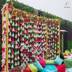 Desi Wedding Decor, Indian Wedding Decorations, Home Wedding, Backdrop Decorations, Wedding Ideas, Rustic Backdrop, Wedding Store, Ceremony Decorations, Gift Wedding