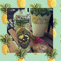 Nuestro #AnísdelMono seco, el de la etiqueta verde,con zumo de piña #verano2015