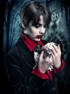 little vampire by Rebeca  Saray - Photo 13919869 / 500px