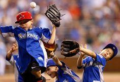 "State Farm Home Run Derby: ""Ooof"""