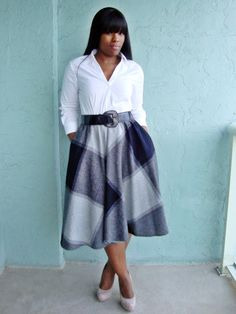 Work Wear Staple: The Midi Skirt Curvy Outfit Ideas Petite Outfit Ideas Plus Size Fashion Fall Fashion OOTD Professional Casual Chic Fashion and Style Inspiration Curvy Girl Fashion, Work Fashion, Modest Fashion, Plus Size Fashion, Womens Fashion, Fashion Fashion, Trendy Fashion, Fall Fashion Skirts, Fall Skirts