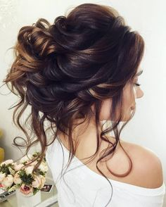 Half-updo, Braids, Chongos Updo Wedding Hairstyles / http://www.deerpearlflowers.com/wedding-hair-updos-for-elegant-brides/