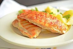 Rețetă de piept de pui umplut Romanian Food, Bacon, Food And Drink, Cooking Recipes, Chicken, Meat, Breakfast, Yogurt, Chef Recipes