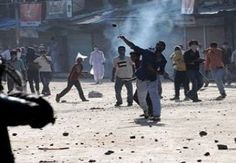 Clashes erupt in Lal Chowk as police detain 'mentally-challenged' person