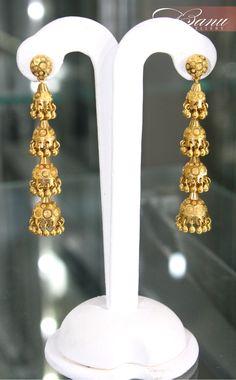 Jhumkas. Diamond Chandelier Earrings, Gold Jhumka Earrings, Jewelry Design Earrings, Gold Earrings Designs, Wedding Jewellery Designs, Gold Jewellery Design, Bridal Jewelry, Gold Jewelry Simple, Ear Rings