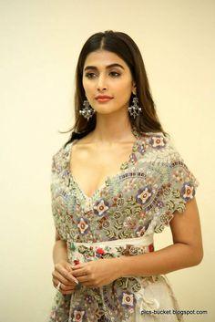 Telugu Actress Pooja Hegde Hot Photos july 2018 1 Pooja Hegde Photos MALAYALAM ACTRESS SANIYA IYAPPAN PHOTOS PHOTO GALLERY  | 1.BP.BLOGSPOT.COM  #EDUCRATSWEB 2020-07-28 1.bp.blogspot.com https://1.bp.blogspot.com/-ZQegawoE1LY/XuR72qVgTkI/AAAAAAAAA-E/DJIxdP6SOZ0TO64F37aCt9xzCe8JvHooACNcBGAsYHQ/s640/actress-saniya-iyappan-photos-8.jpg