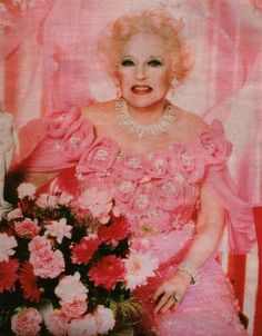 Barbara Cartland was born on this day 9th July, 1901. Barbara was a romantic novelist and she wrote more than 500 book, she was also step Grandmother to Diana, Princess of Wales
