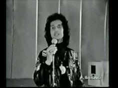 Roberto Carlos - As baleias (1981) - YouTube