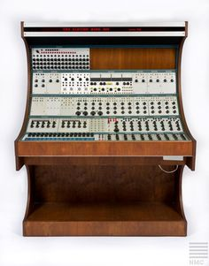 Buchla 100 Synthesizer about Vintage Synth, Vintage Records, Vintage Keys, Electronic Music Instruments, Musical Instruments, Music Museum, Audio Studio, Old Technology, Studio Gear