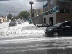 #Brasil,Cidades: Chuva com rajadas de vento e granizo cai nas ruas de Curitiba