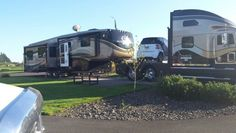 Kenworth with queen size sleeper....smart car...5th wheel Dynasty Mobil Suites