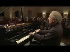 András Schiff - Bach. French Suite No.5 in G Major BWV816 - YouTube