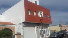 Se alquila piso de 65 m2 en El Matorral distribuidos en salon, comedor, cocina independiente con electrodomesticos, 2 dormitorios con armarios, 1 baño y una gran terraza.<br><br>El piso se alquila amueblado.<br><br>El precio NO incluye agua y luz.