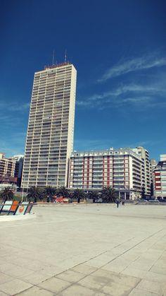 """Edificio Demetrio Elíades, """"Havanna"""", construido entre 1966 - 1969. #arquitectura #arq #arquitecture #mardelplata #mdq #architecture"""
