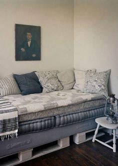 Ideias-para-decorar-com-sofa-de-paletes-sofa-cama