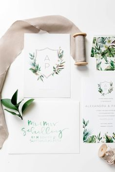 Don�t miss Ali from A Dash of Detail's wedding invitation tips as a bride who�s been there. With planning advice and her favorite invitation picks you�ll see why The Wedding Shop by Shutterfly has it all! #sponsored #shutterflywedding