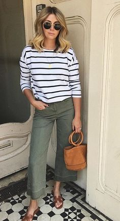 Preppy Easter Outfits for Teens for the Best Look Summer Work Outfits, Outfits For Teens, Spring Outfits, Casual Outfits, Summer Fashions, Office Outfits, Spring Dresses, Classy Outfits, Mode Outfits