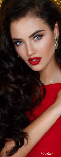 The captivating power of Isabella Bianchini desirable red pout