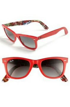 Black Friday you will get free RB sunglasses outlet for Christmas Gift,Repin It and Get it immediately! Not long time Lowest Price.come on now  aioad.com  $15.99  OMG.....newest spring rayban glasses.....want it. love it.#rabban fashion#