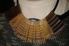 #Crafts Hair Pins #Accessories Collar con horquillas de pelo reutilizadas