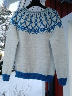 Strömsötröjan, Lee Esselströmin mallin mukaan 7 Veikka langasta. Pieni oma twisti, neuloin resorit kuvion värillä kun ohjeessa on päävärillä. Baby Knitting Patterns, Men Sweater, Blouse, Long Sleeve, Sleeves, Sweaters, Tops, Women, Fashion