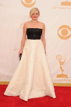 Elisabeth Moss wearing a black and white gown by Andrew Gn at the 2013 #Emmys. #madmen