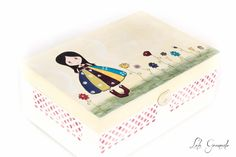 #Joyero de #madera #muñeca de colores, #regalo #Reyes, pintado a mano. www.lolagranado.com