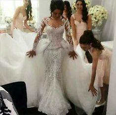 Wedding Dress Styles, Dream Wedding Dresses, Bridal Dresses, Wedding Gowns, Wedding Venues, Wedding Veil, Cheap Wedding Dress, Wedding Photos, Prom Dresses