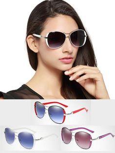 42 melhores imagens de óculos   Sunglasses, Sunglasses women e Eye ... 822fb266cb