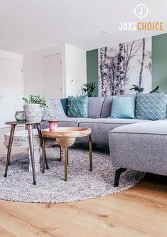 Sofa, Sweet Home, New Homes, Room Decor, Flooring, Living Room, Interior Design, Table, Furniture