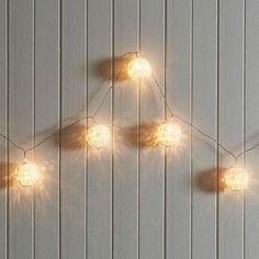 LED LACE BALL STRING LIGHTS 1.8M - WHITE