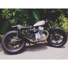 shaking hands with an old friend Cx 500, Lets Roll, Moto Bike, Love Car, Cafe Racers, Old Friends, Bobber, Kitchen Sink, Motorcycles