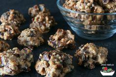 Ořechovo-datlové pusinky (přirozeně bezlepkové)   Jíme rádi Cereal, Deserts, Cooking Recipes, Herbs, Cookies, Breakfast, Sweet, Fitness, Kitchens