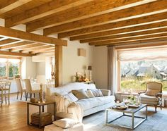 Interior Design Tips Living Room Colorful Interior Design, Living Room Interior, Interior Design Living Room, Living Room Decor, Amazing Decor, Cottage Interiors, Home And Living, House Design, Wood Beams