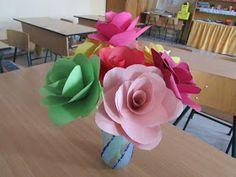 Játékos tanulás és kreativitás: Hatszirmú virágból rózsa
