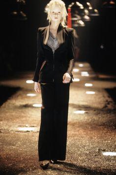 Alexander McQueen Fall 1998 Ready-to-Wear Fashion Show