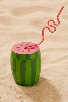 Becher für unterwegs im Wassermelonendesign mit Strohhalm