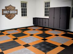 Harley-Davidson official cross bar and shield design garage flooring. When you're not riding your Harley park it on the best. Harley Bikes, Harley Davidson Motorcycles, Monster Garage, Garage Atelier, Cool Garages, Man Cave Garage, Motorcycle Garage, Motorcycle Shop, Decoration