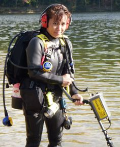 """Searching for underwater """"treasures"""" with the JW Fishers Pulse 8X metal detector adds real excitement to every dive."""