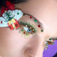 Fantasy Christmas lashes.  Cindy Nicholls, fantasy lash art 2nd prize in lash masters